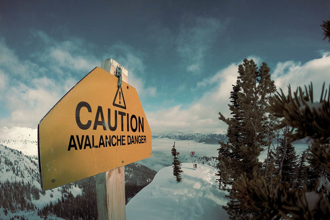 avalanche_warning_sign