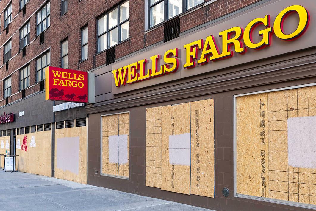 wells_fargo_branch